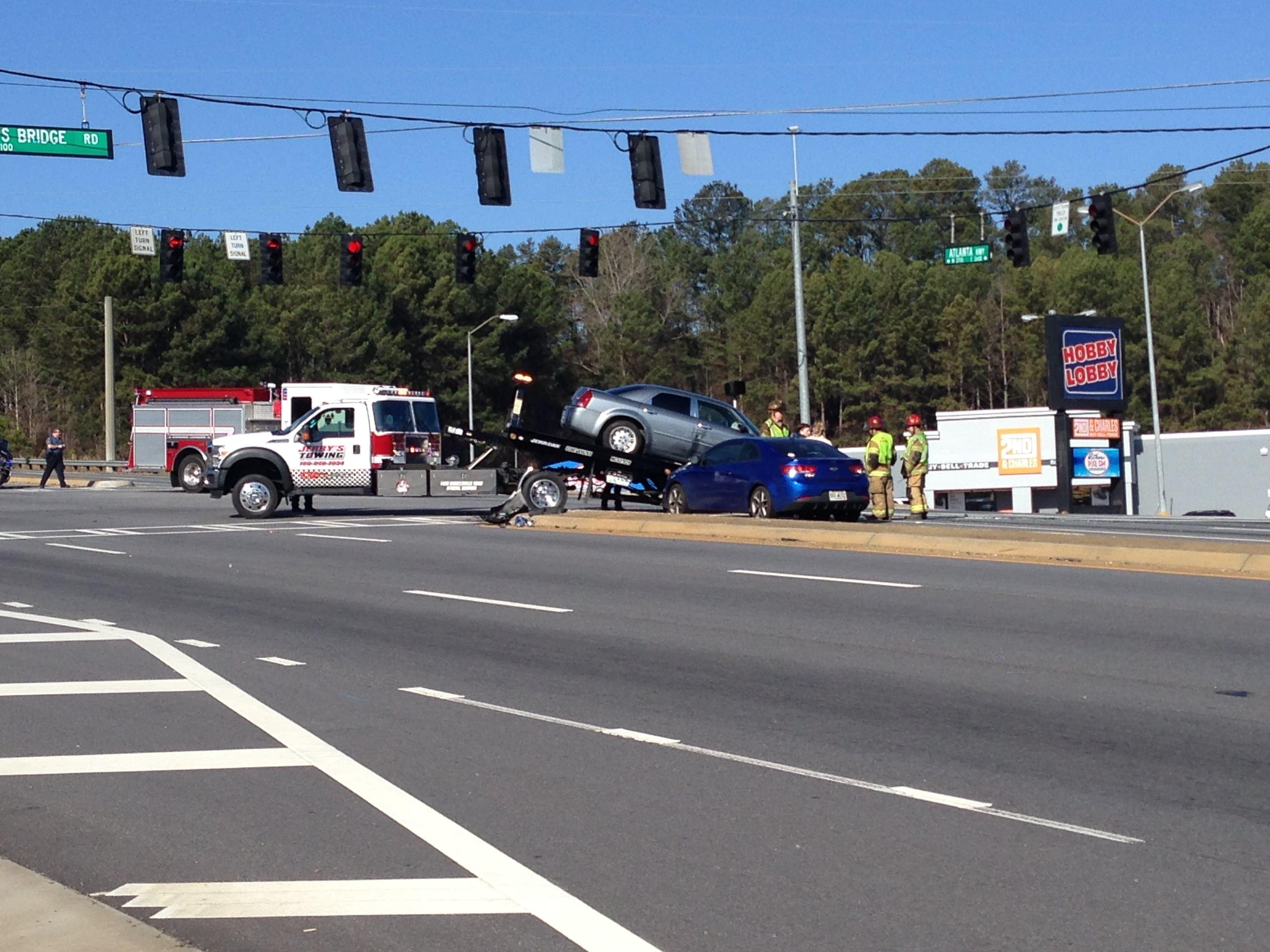 Multi-car accident stalls traffic