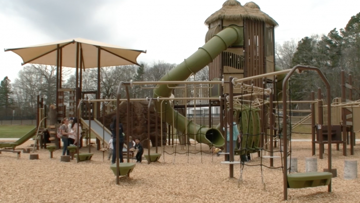 New playground for kids poses problem for parents